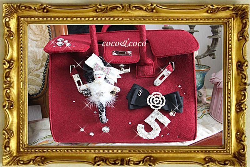 画像1: 再入荷【新作】coco doll 付き パールカメリア&5ビジューモチーフフエルトバーキン風デコBAG