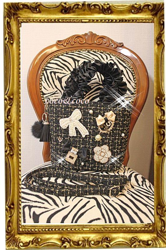 画像1: 【超限定新作】雑誌掲載ブランド 黒&金糸ツイード 2WAYスクエアデコBAG FOXファー&タッセルチャーム付き